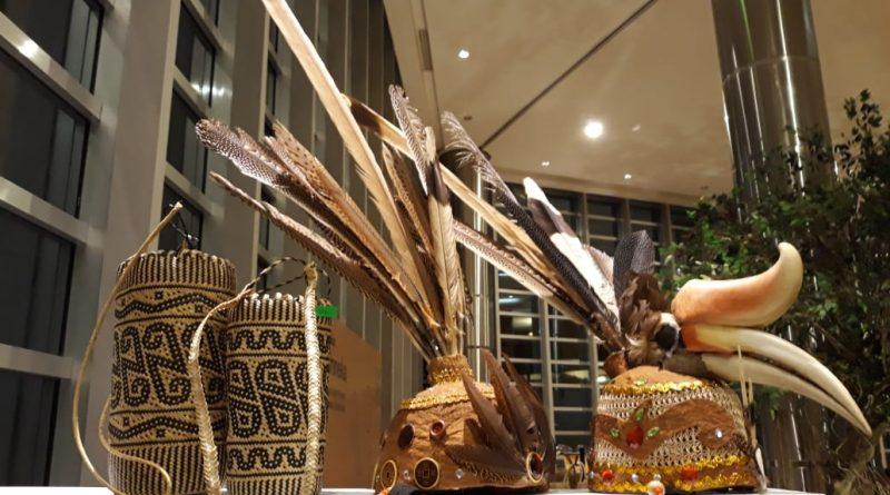 Tradisi Dayak Ngaju Lawang Sakepeng,